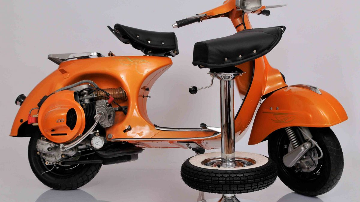 Vintage Stool Bar - Stool made with motorbike seat